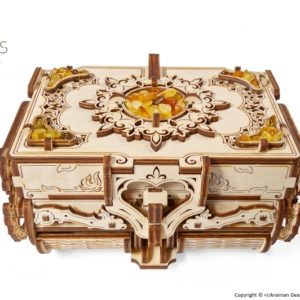 ugears chest with amber ugears puzzel doos ugears sieraden doos ugears instructies amber doos montage ugears antiek kistje antiek puzzel doos mysterie doos ugears puzzel doos ugears mysterie doos